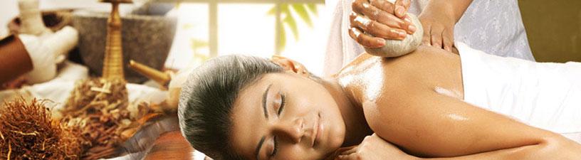 Elakizhi Ayurvedic Massage