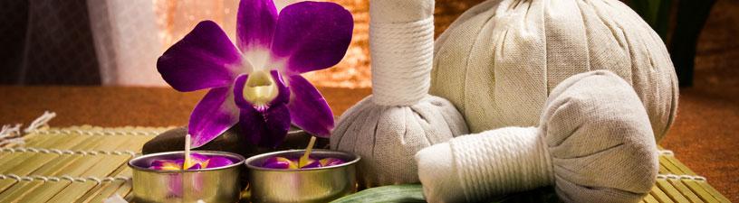 Naranga Kizhi Ayurvedic Massage