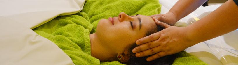 Chakra Balancing Ayurvedic Head Massage