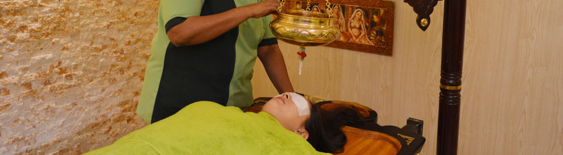 Shirodhara Head Massage